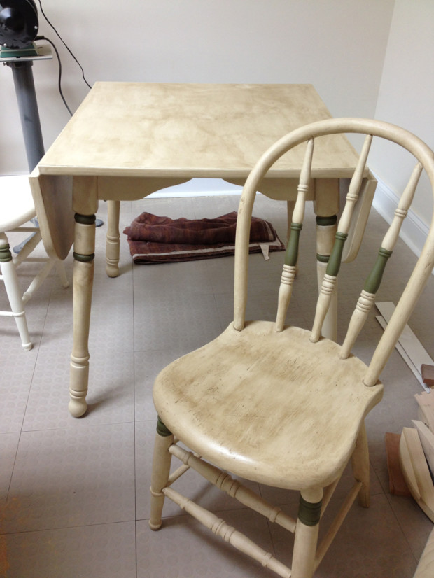 Chair & Table