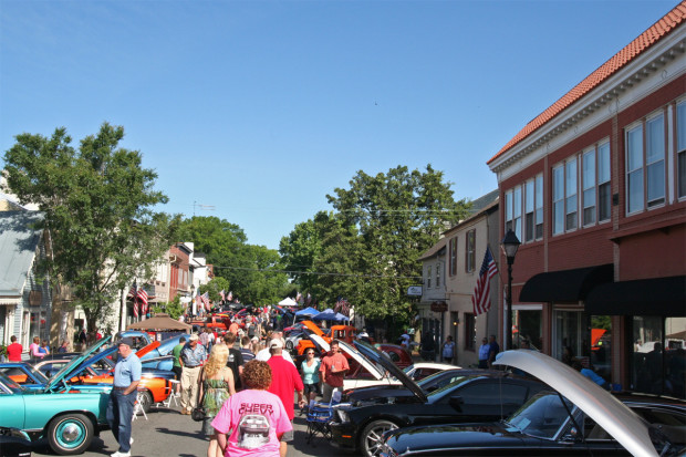 Main Street in Old Town Warrenton