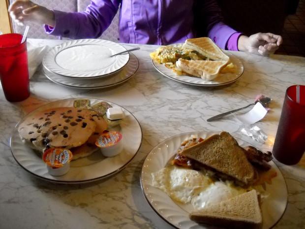 4_diner_breakfast