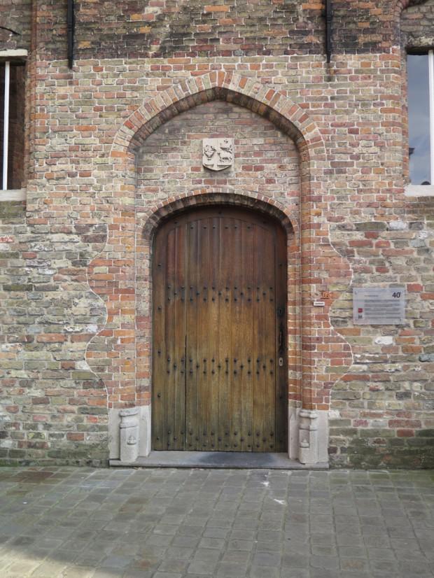 Bruges 327