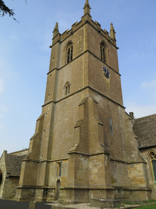 St. Edward's Church (built between the 11th and the 15th centuries)