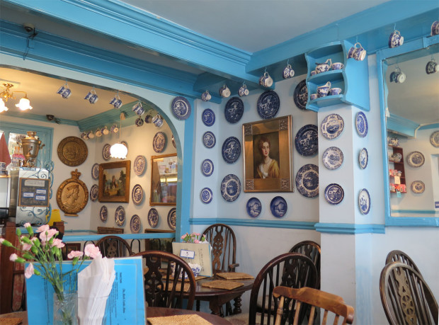 1_tearoom