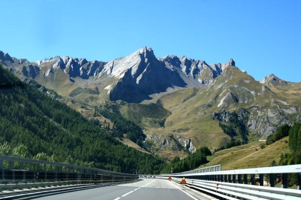 Approaching the Great Saint Bernard Pass.