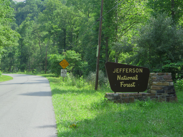 Entering the Jefferson National Forest
